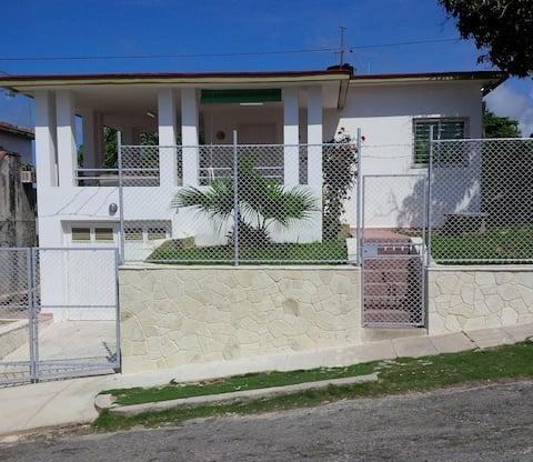 """""""Villa Estrella"""" en playa Guanabo, Habana del Este"""