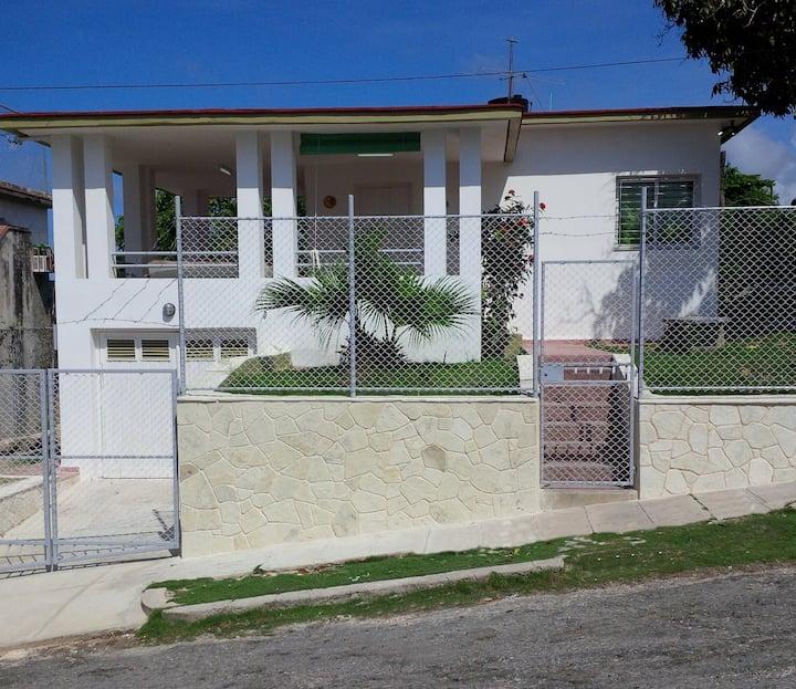 """""""Villa Estrella"""" en Guanabo, Habana del Este"""