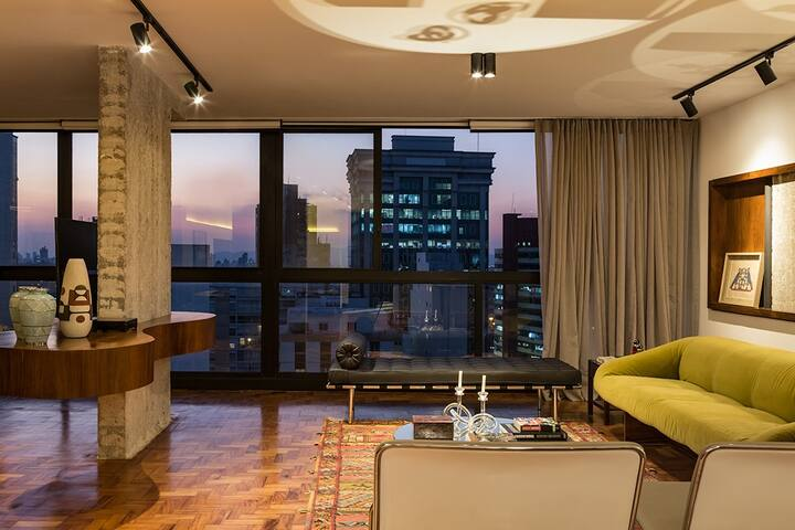 MR151A Luxury huge apartment by Av Paulista
