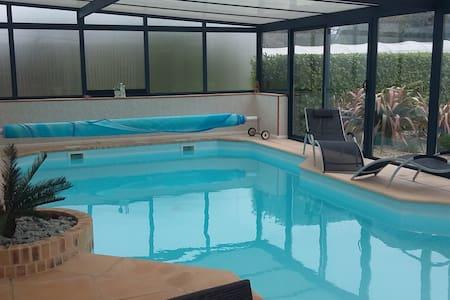 Belle maison familiale de 180 m2 - Plougastel-Daoulas - Casa