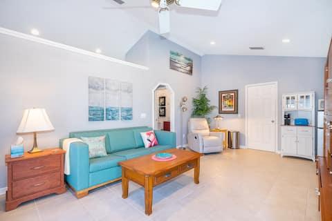 Wekiva Springs/Orlando Area Poolside Apartment