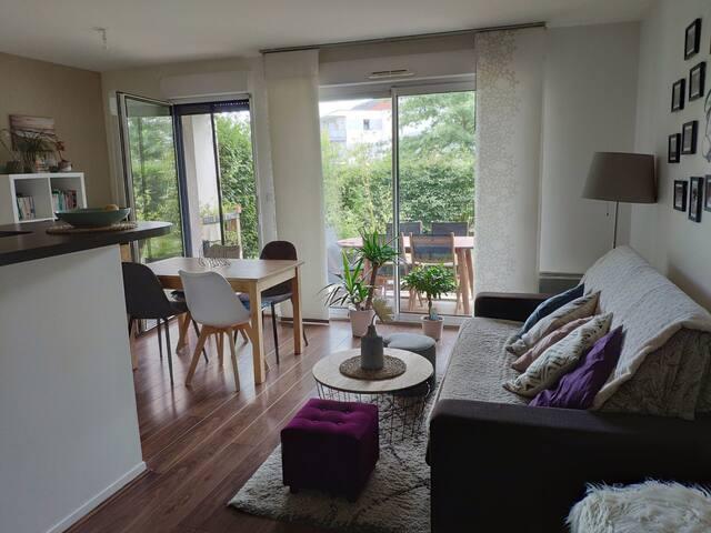 Appartement cosy & calme avec jardin + parking