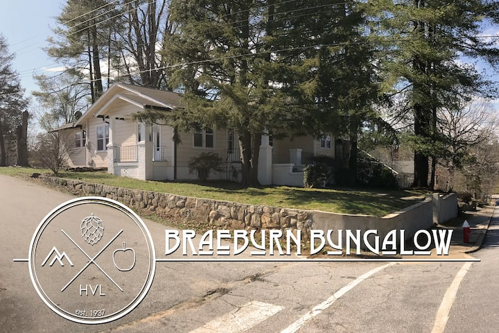 Historic Braeburn Bungalow | Walk to Downtown!