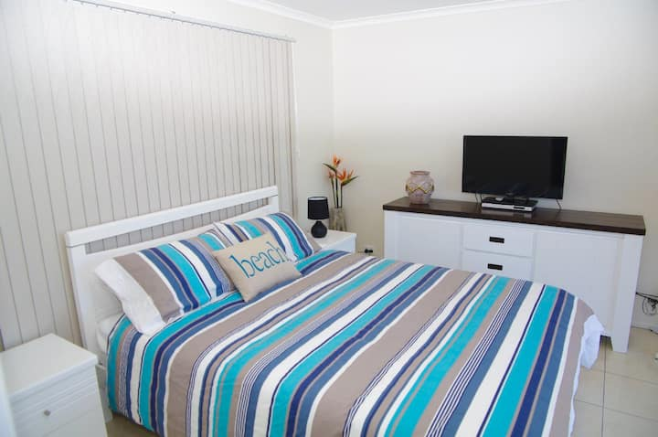 Heathers Seaside Apartments 1, 10 Rankine Street,