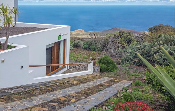Holiday apartment with 1 room on 38m² in Valverde, El Hierro
