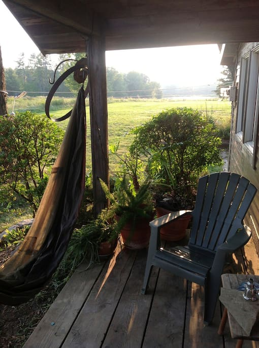 Relax on the porch & enjoy the sunset