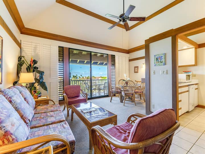Poipu Beach Tropical Delight! Full Kitchen, Flat Screens, WiFi+ Private Lanai-Kiahuna 2333