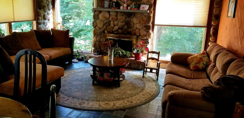 Very comfortable family/living room!