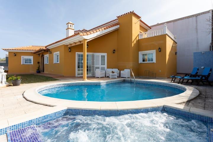 Home2Book Luxury El Helecho del Teide Private Pool