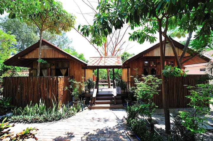 Spacious family bungalow in Koh Lipe