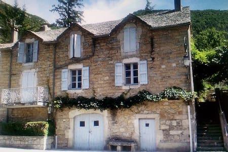 Maison au coeur des gorges du Tarn - Les Vignes