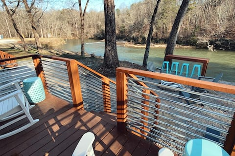 New! Boutique Tiny Home on the Saluda River