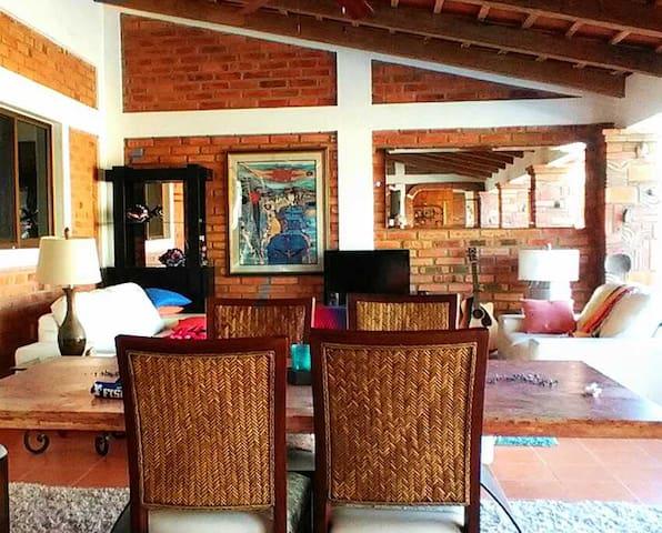 Casa Crusoe - Lo de Marcos - บ้าน