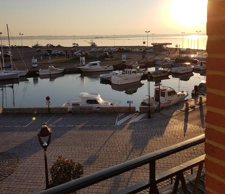 Vue Mer/Port du Croisic : T1 en duplex rénové