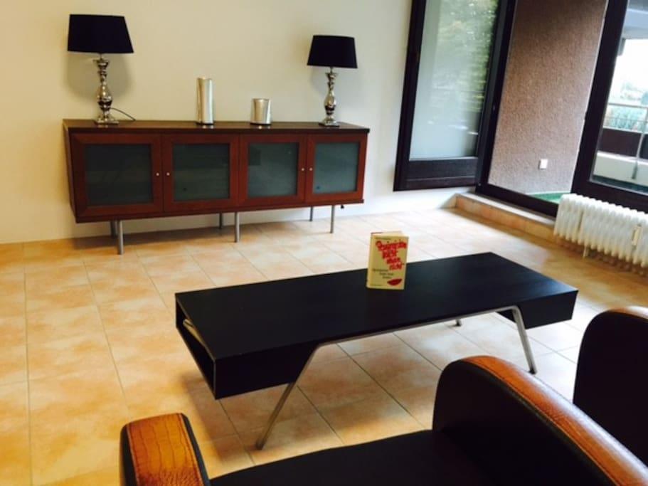 kurpark residenz mit schwimmbad wohnungen zur miete in bad salzuflen nordrhein westfalen. Black Bedroom Furniture Sets. Home Design Ideas