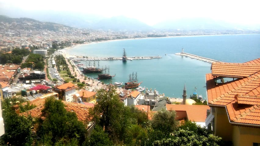 ONLY women/pair: Most beautiful place of Alanya...