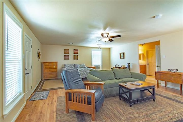 Villa 2 Upscale Extended Stays