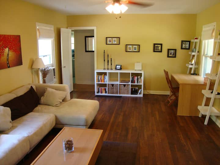 Tranquil 2BR Crestview Home