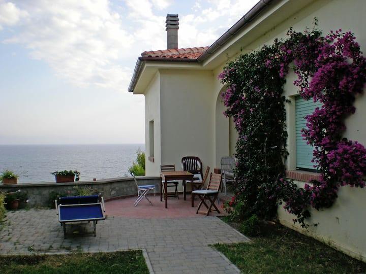 Superbe Location-Best 0f Castiglioncello's Villa
