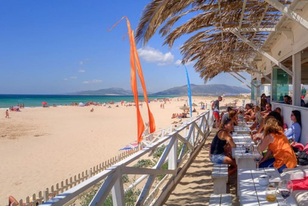 Bars and beach 50 meters from apartment