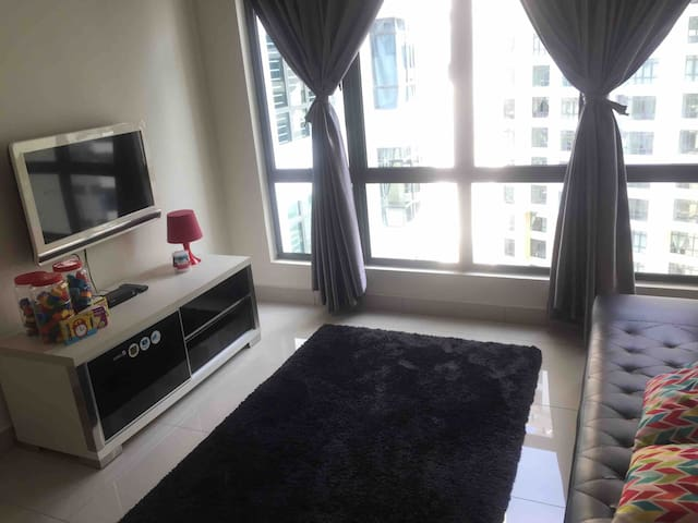 2 Rooms @ARC Zarahomes JB (for 2-7pax)  -nice view