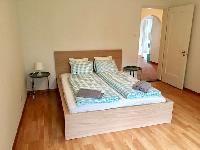 Premium flat (2 bedrooms) in the embassy area