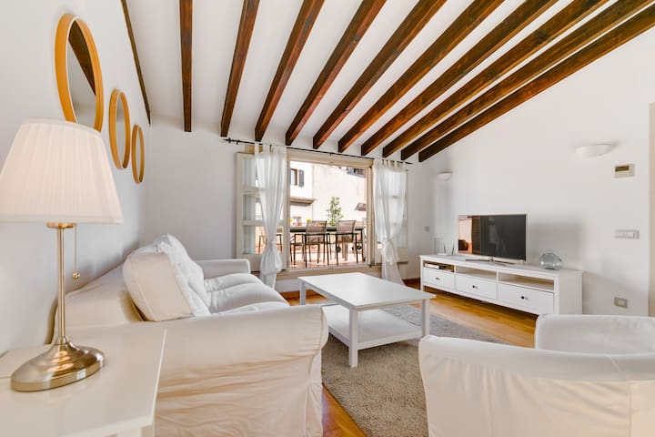 STUNNING 1BR w/ TERRACE IN HISTORIC CENTER (4A) - Palma de Mallorca - Flat