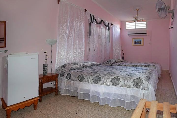 Hostal Casa Yanelis. Habitación 1