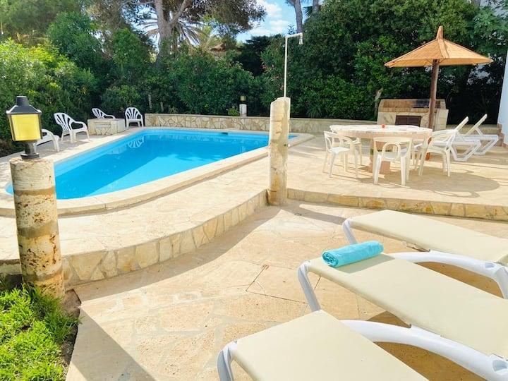 Villa MariLuz VTV589 Piscina privada. Cala d'Or