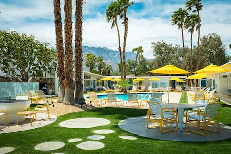 The Monkey Tree Hotel - Palm Springs