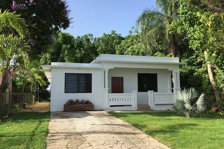 Charming Private Home in Bo. Puntas, Rincon, PR - Rincón - Dom