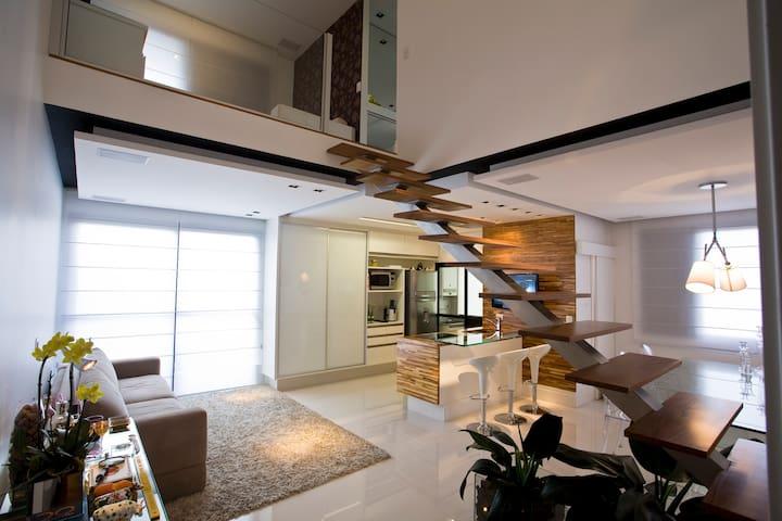 Apartamento Sofisticado com Ofuro -Capa de Revista