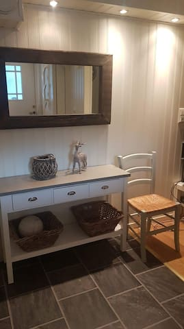 Cozy appartment for women, 10 min from Bergen!