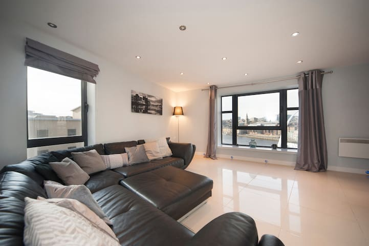 Stunning 2 bed apartment with amazing views - Gateshead