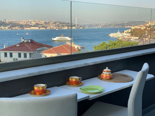 two-storey apartment with excellent Bosphorus view