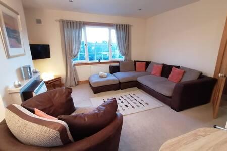 Stornoway Central Apartment