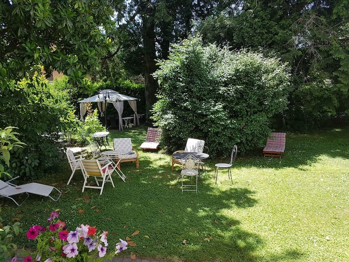 Events in the villa for groups of 12-16 people