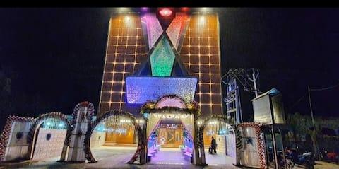 Gokul Raj Madhubani By WB Hotels