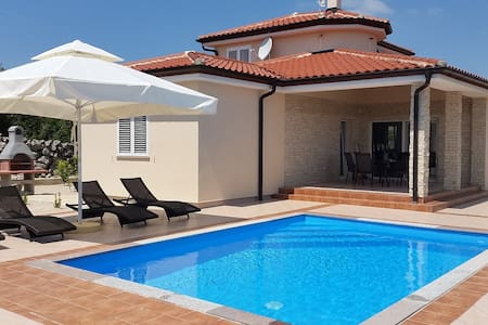 Beautiful Villa Veger with private pool - Krk - Villa