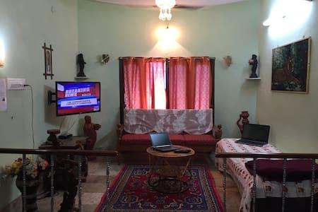 100 SRK A/C Villa