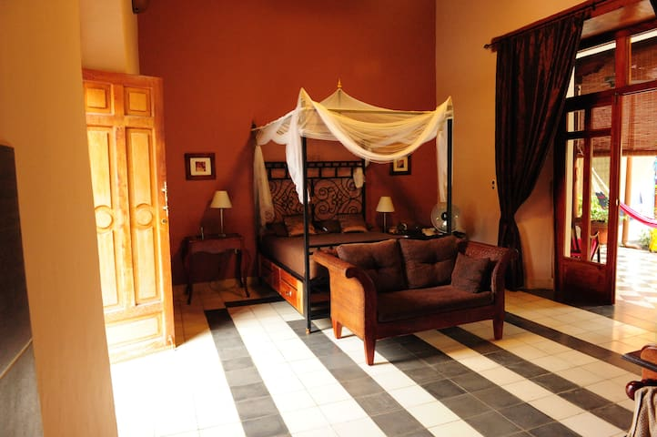 Beautiful Suite in Guesthouse