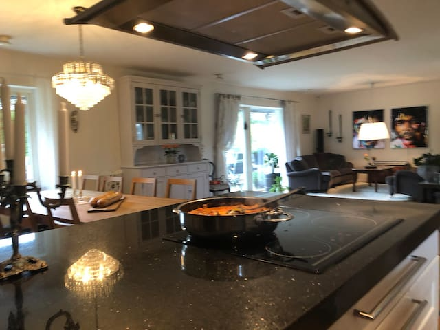 Nice Villa close to ocean, golf and Gothenburg!