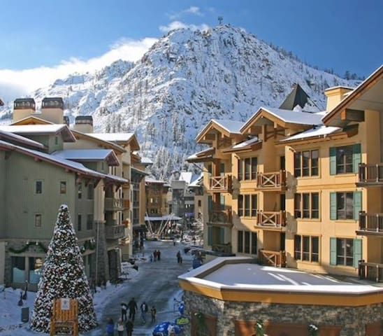 Village at Squaw Valley 2BDRM -5th night free - Olympic Valley