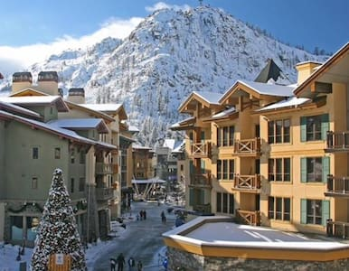 Village at Squaw Valley 2BDRM -5th night free - Olympic Valley - Condominium