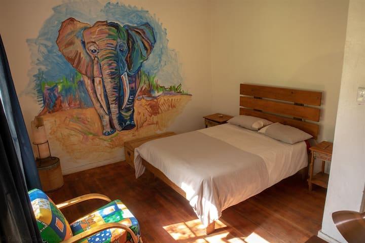 Elephant - private room
