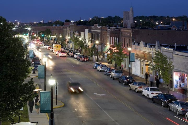 Small Town Charm in the Metropolis