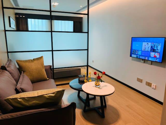 罗湖万科里云石公馆hotel,罗湖区湖贝地铁站旁,豪华一房套房,5星级酒店标准,干净舒适。