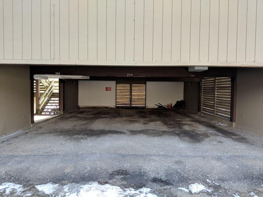 """Carport (6'11"""" clearance)"""