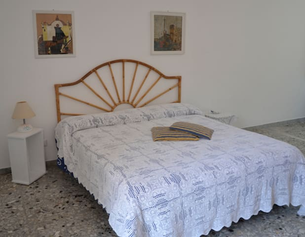 Quiet studio apartment - Forio - Apartment