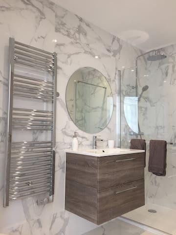 Centre proche plage balcon soleil deco tendance apartments for rent in nice provence alpes côte dazur france